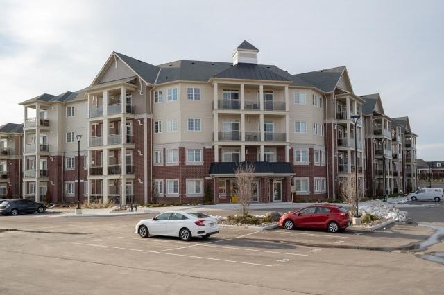 Buliding: 80 Aspen Springs Drive, Clarington, ON