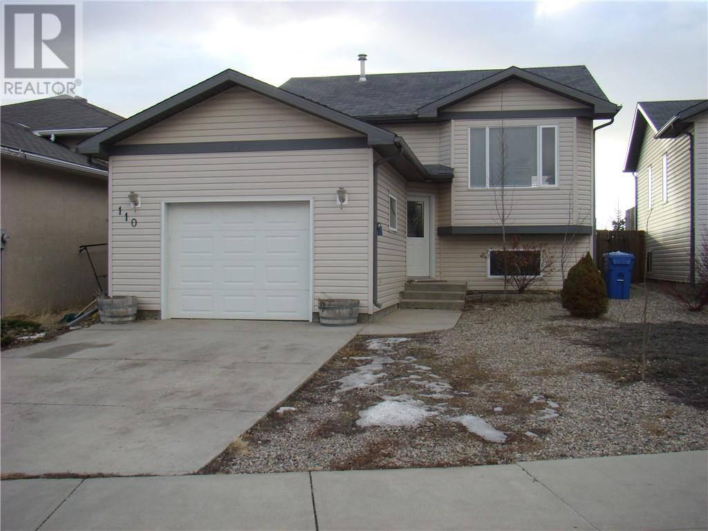 House for sale at 110 Blackfoot Ct W Lethbridge Alberta - MLS: ld0185333
