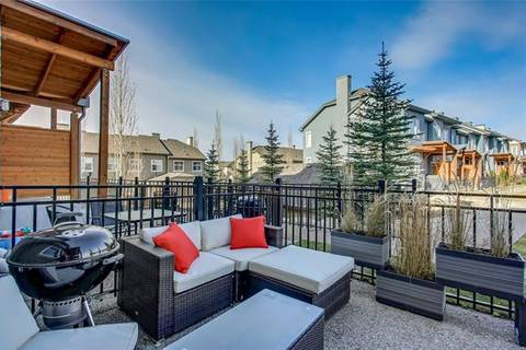 Townhouse for sale at 110 Chapalina Sq Southeast Calgary Alberta - MLS: C4273936