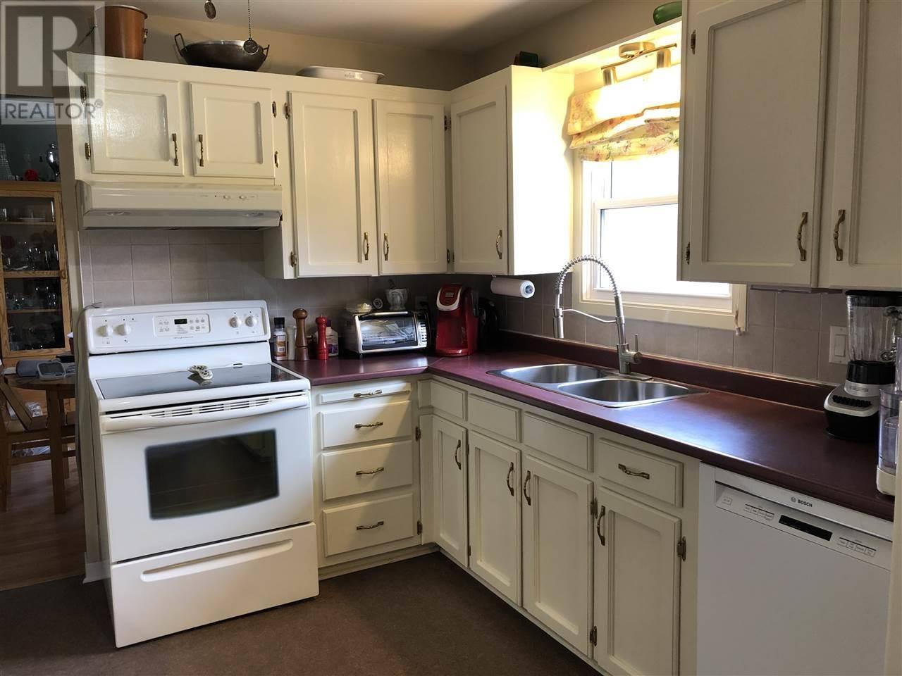 110 Cook Avenue, Wilmot   Image 2