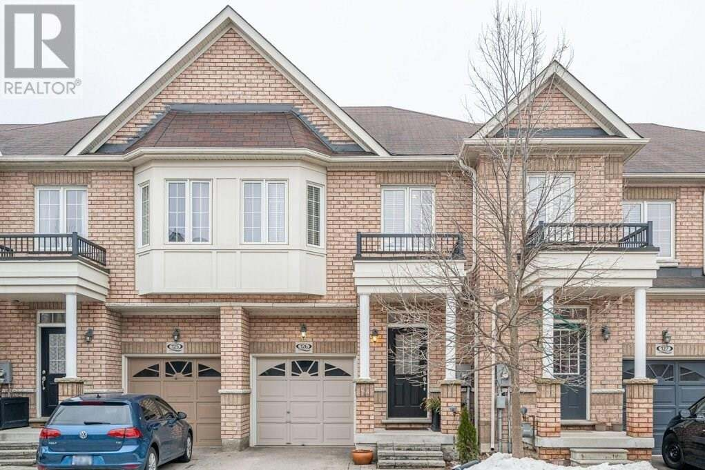 Townhouse for sale at 110 Highland Rd East Kitchener Ontario - MLS: 30810060