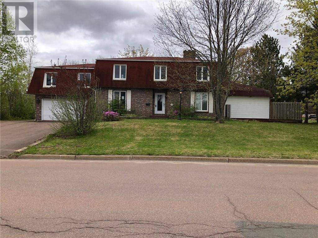 House for sale at 110 Maplehurst Dr Moncton New Brunswick - MLS: M125707