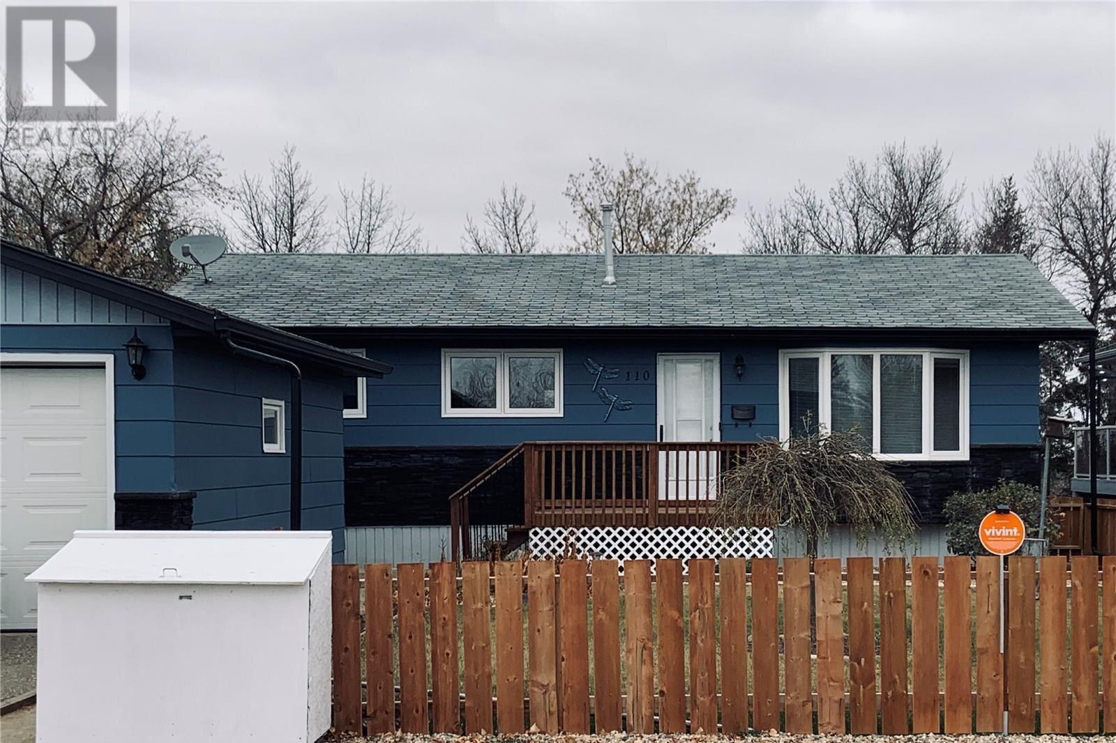 House for sale at 110 Nicoll Ave Regina Beach Saskatchewan - MLS: SK830639