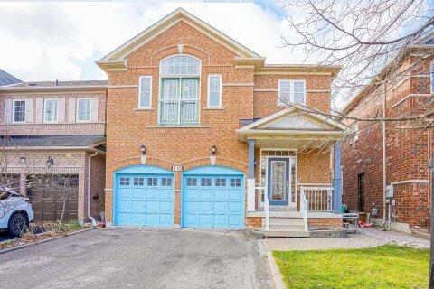House for sale at 110 Pantomine Blvd Brampton Ontario - MLS: W4992745