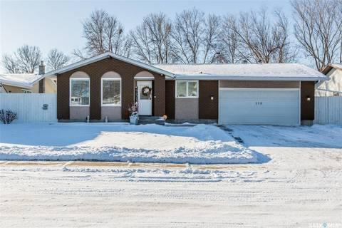 House for sale at 110 Selby Pl Regina Saskatchewan - MLS: SK797481