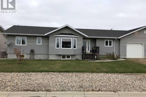 House for sale at 110 Spruce Dr Oxbow Saskatchewan - MLS: SK750878