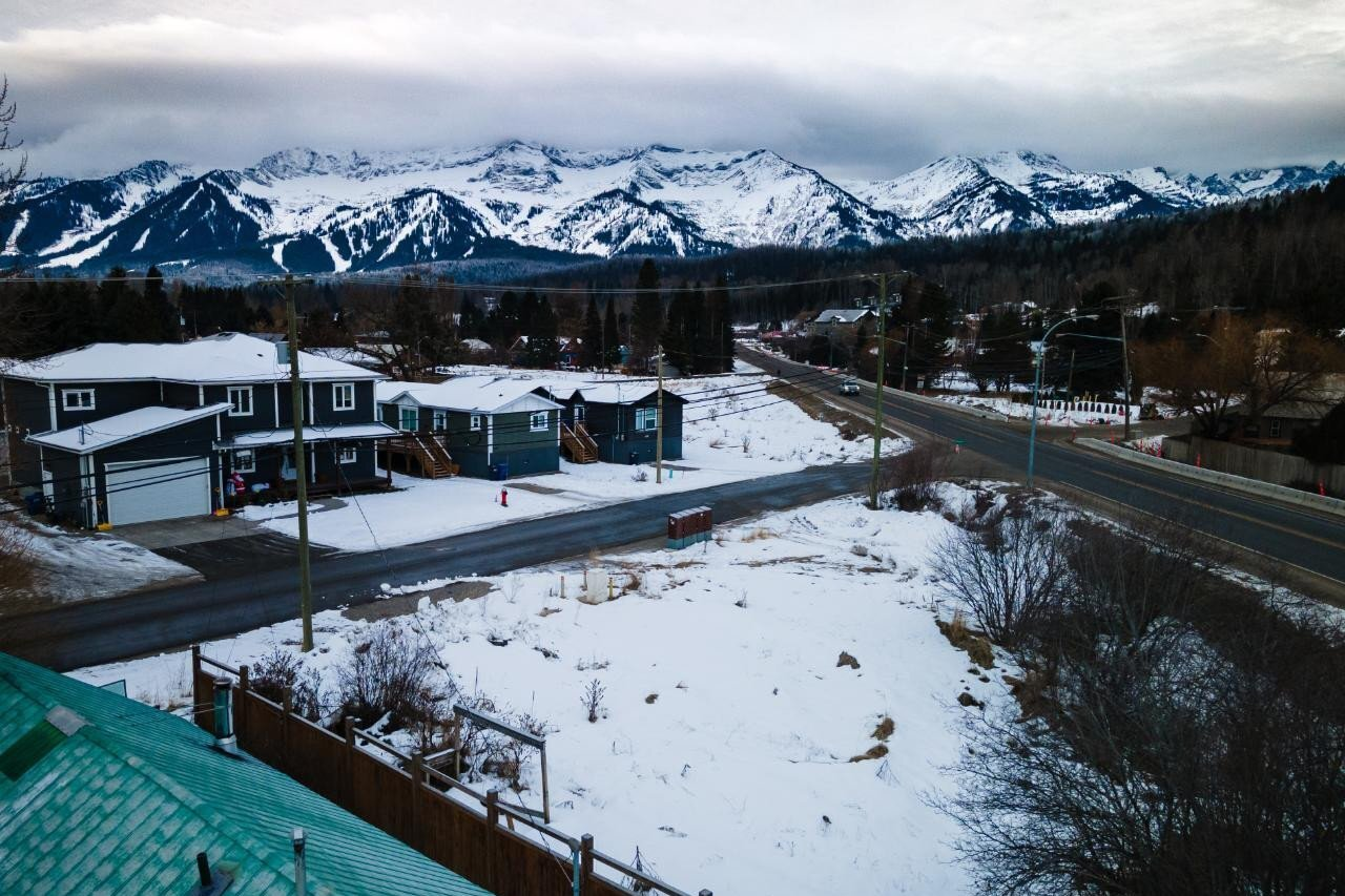 Residential property for sale at 1100 Colclough Avenue  Fernie British Columbia - MLS: 2453060