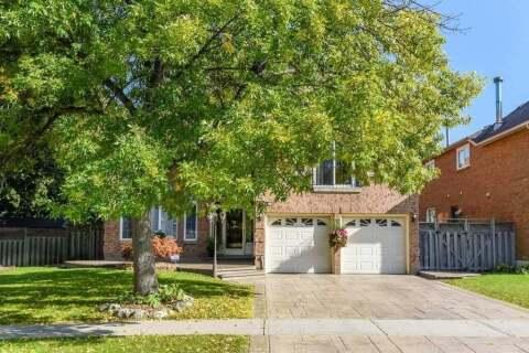 House for sale at 1100 Landsdown Dr Oakville Ontario - MLS: W4926909