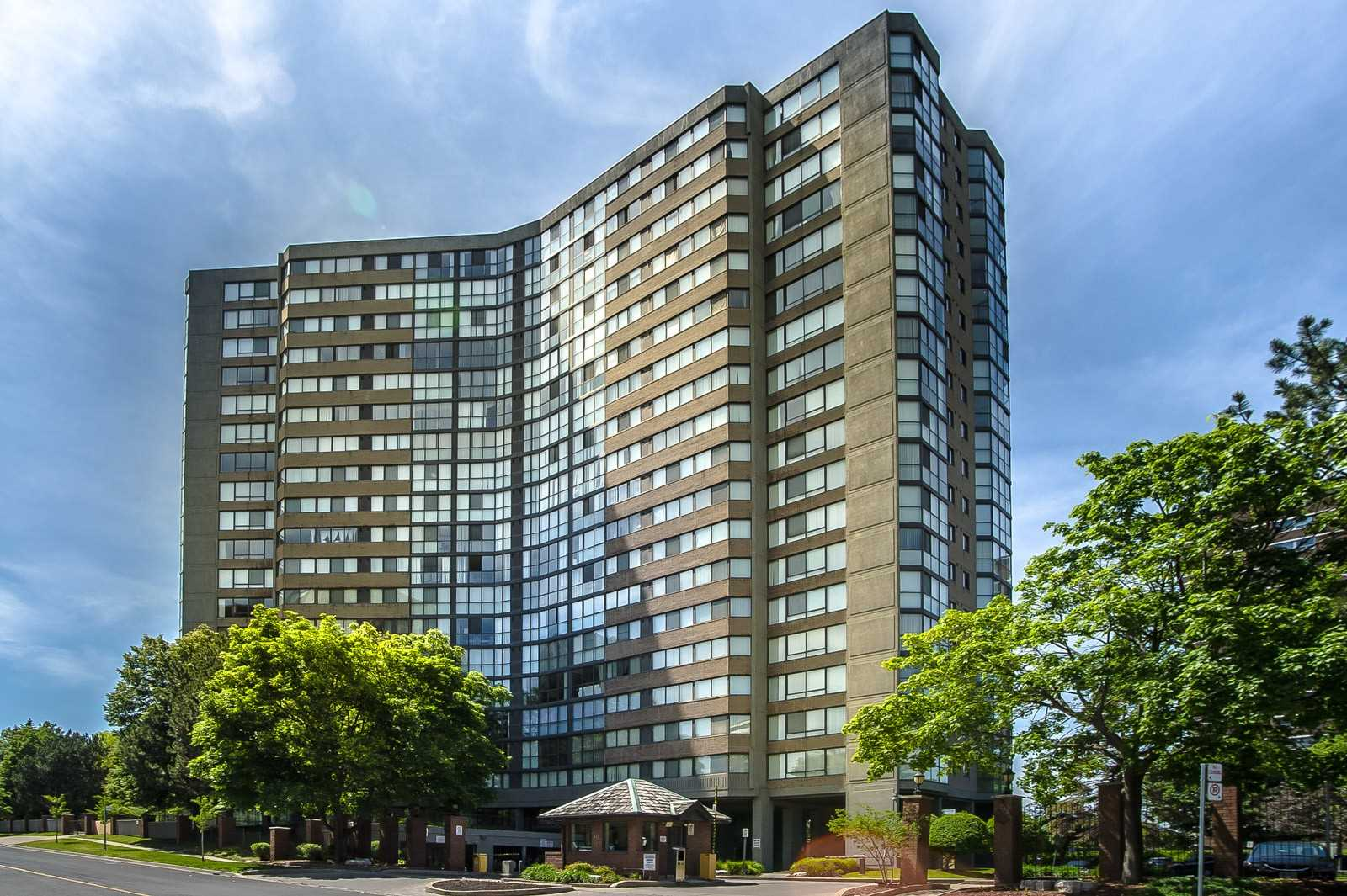 Humberview Heights Condos: 40 Richview Road, Toronto, ON