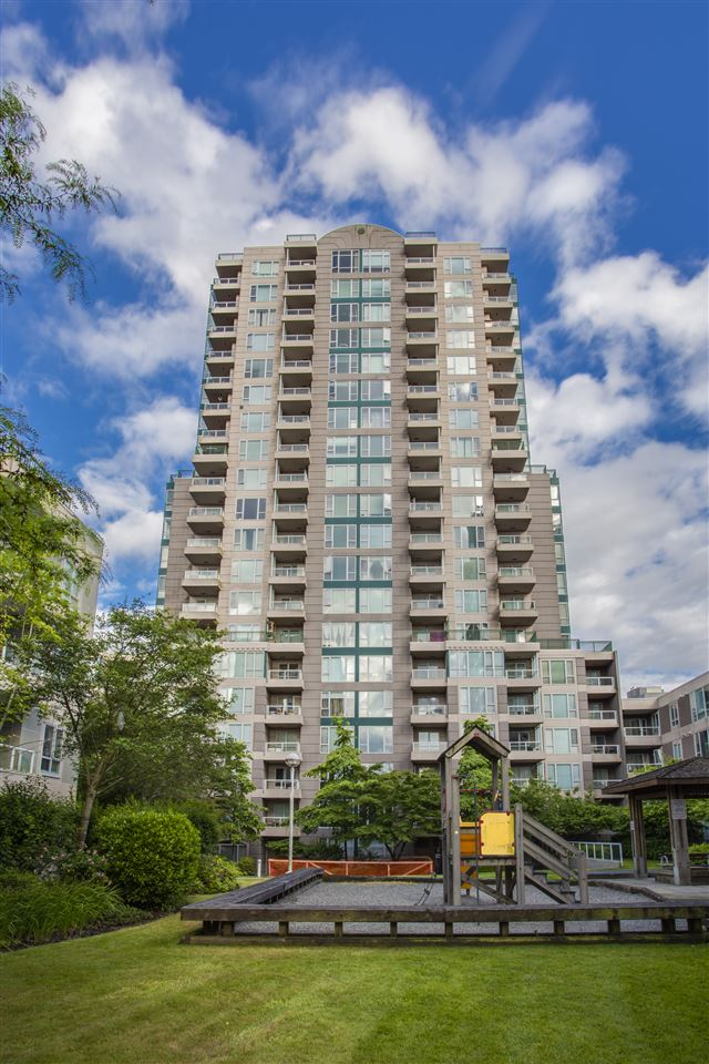 Removed: 1101 - 5189 Gaston Street, Vancouver, BC - Removed on 2018-10-01 06:12:29