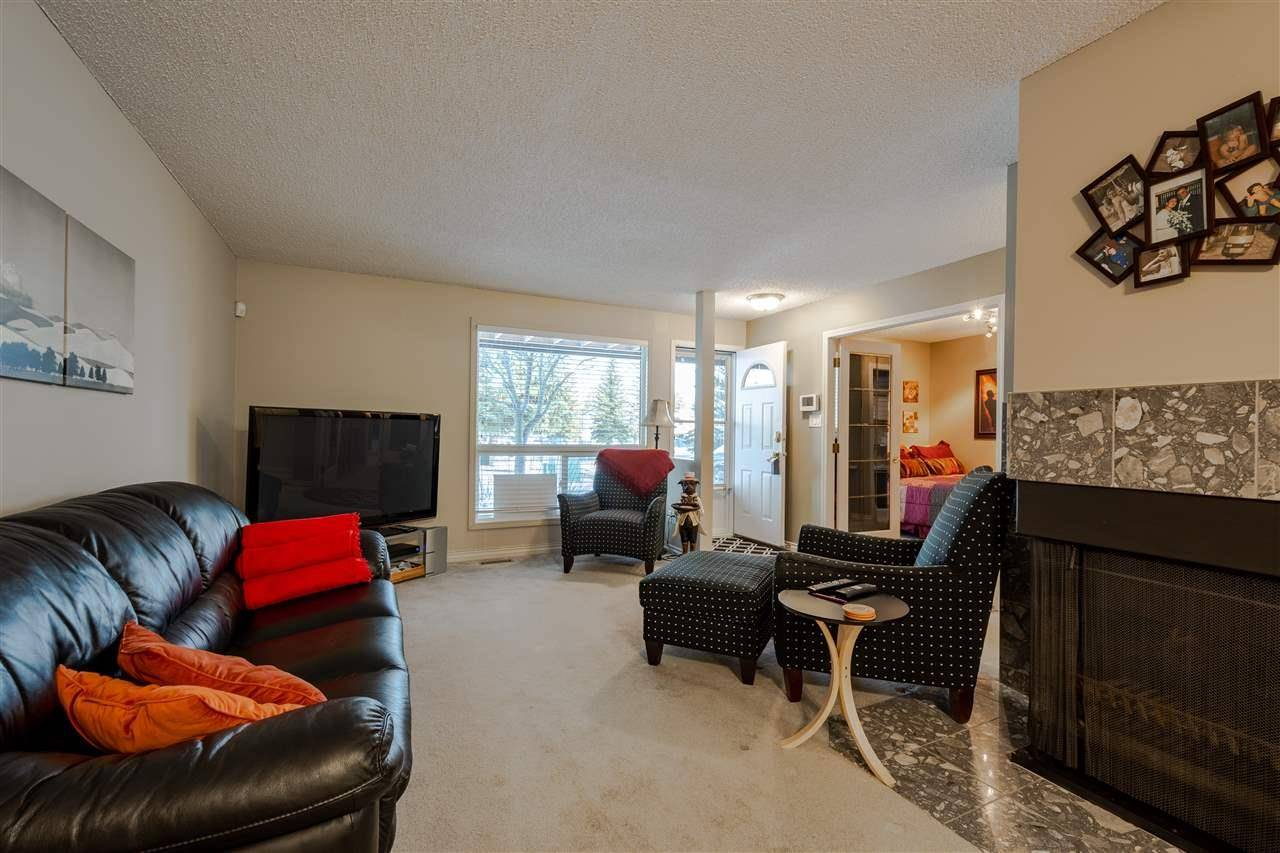 Townhouse for sale at 1102 Saddleback Rd Nw Edmonton Alberta - MLS: E4182536