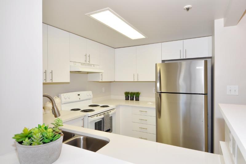 Buliding: 838 Agnes Street, New Westminster, BC