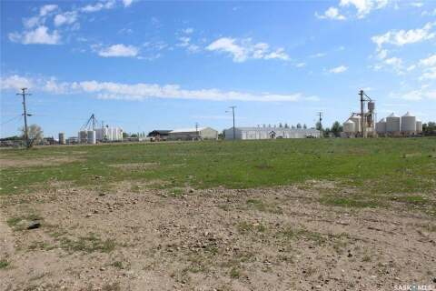 Home for sale at 1104 Horsey Rd Shaunavon Saskatchewan - MLS: SK813487