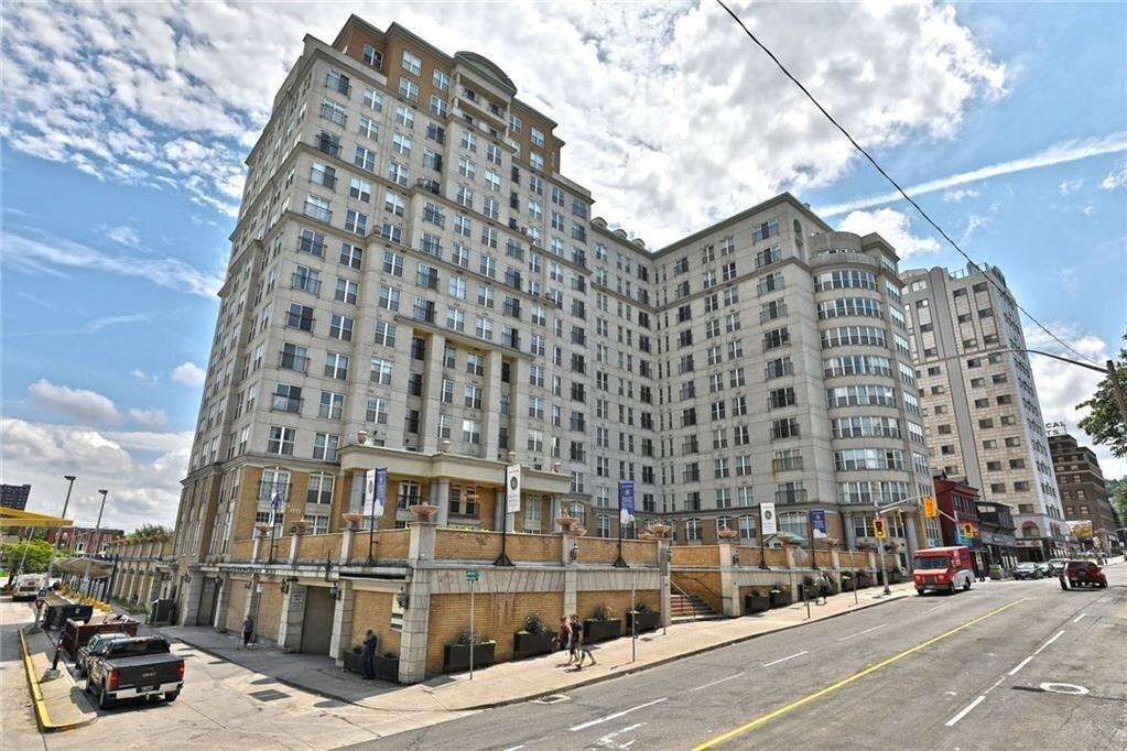 Apartment for rent at 135 James St S Unit 1105 Hamilton Ontario - MLS: H4093816
