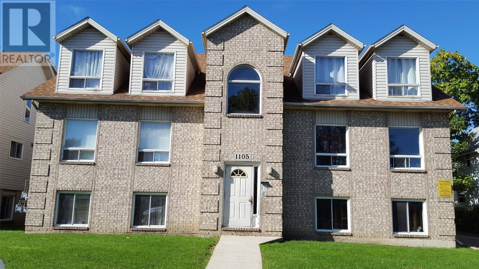 Townhouse for sale at 1105 Howard  Windsor Ontario - MLS: 19026469