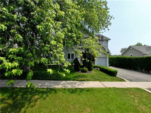 Sold: 1105 Kent Avenue, Oakville, ON