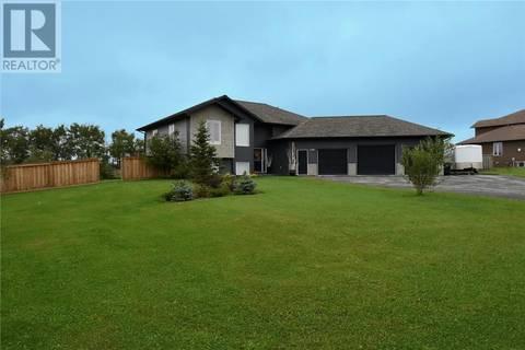 House for sale at 1105 Redlow Dr Beaverlodge Alberta - MLS: GP205110