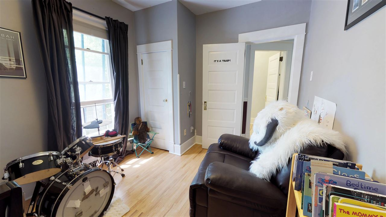 For Rent: 11051 81 Avenue, Edmonton, AB | 3 Bed, 1 Bath House for $550,000. See 25 photos!
