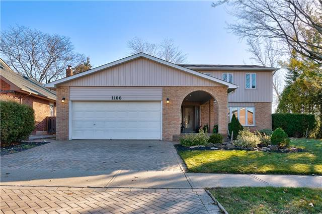 For Sale: 1106 Grand Boulevard, Oakville, ON | 4 Bed, 4 Bath House for $1,299,000. See 20 photos!