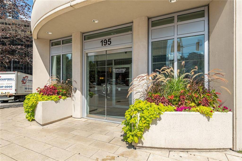 Condo for sale at 195 Besserer St Unit 1107 Ottawa Ontario - MLS: 1167665