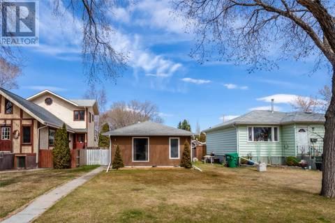 House for sale at 1107 5th St E Saskatoon Saskatchewan - MLS: SK770758
