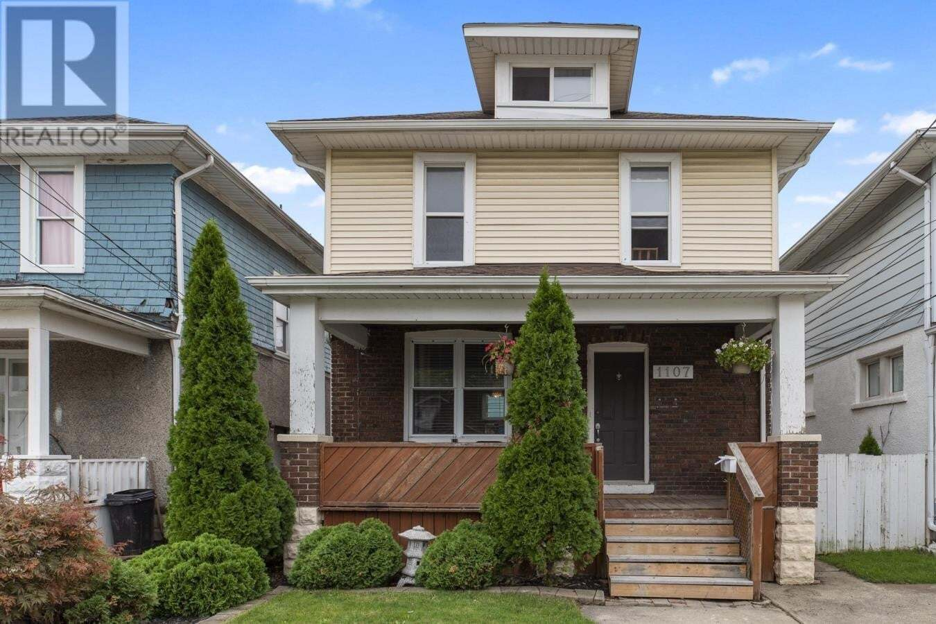 House for sale at 1107 Elm  Windsor Ontario - MLS: 20011875