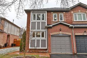 Townhouse for sale at 1107 Gable Dr Oakville Ontario - MLS: O4737859