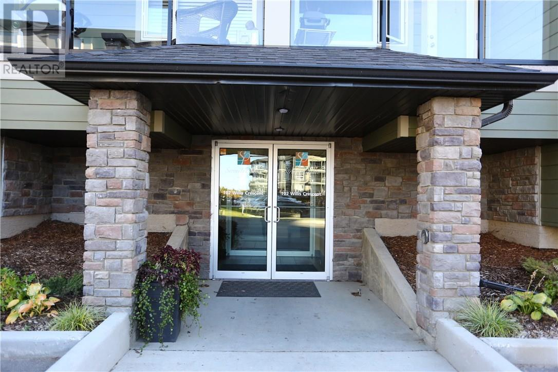 For Sale: 102 Willis Crescent, Saskatoon, SK | 2 Bed, 2 Bath Condo for $258,900. See 35 photos!
