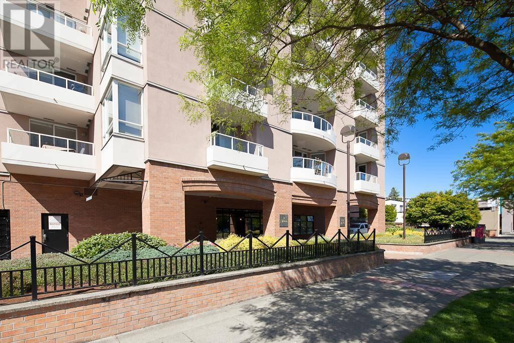 Condo for sale at 930 Yates St Unit 1108 Victoria British Columbia - MLS: 414587
