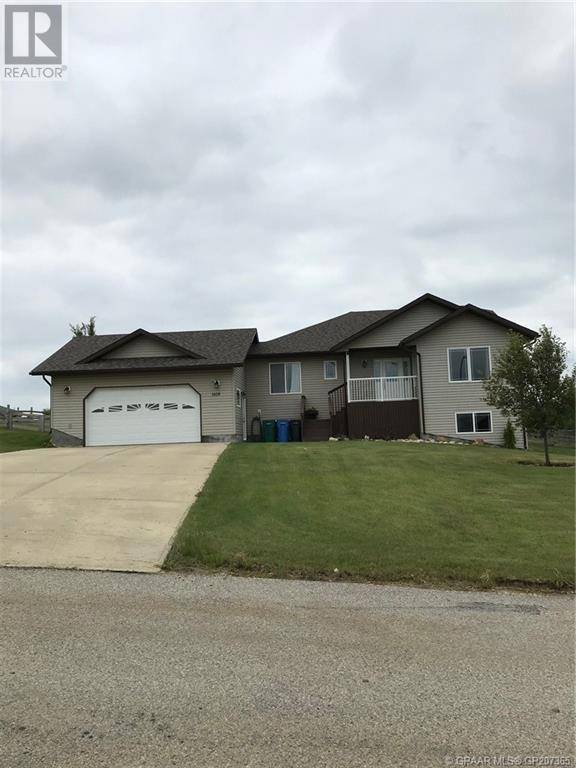 House for sale at 1108 Stacey Dr Beaverlodge Alberta - MLS: GP207365