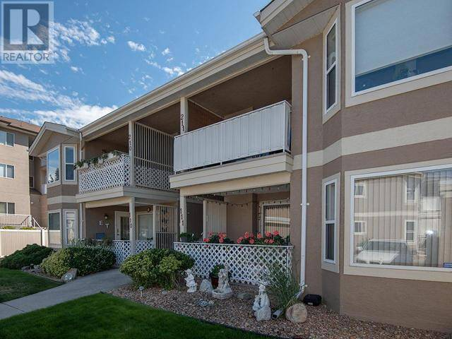 Townhouse for sale at 3146 Paris St Unit 111 Penticton British Columbia - MLS: 180981