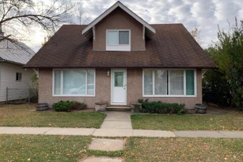 House for sale at 111 4 Ave E Hanna Alberta - MLS: A1038740