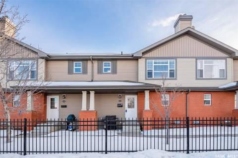 Townhouse for sale at 410 Stensrud Rd Unit 111 Saskatoon Saskatchewan - MLS: SK799724