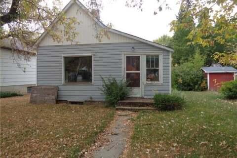 House for sale at 111 6th Ave E Assiniboia Saskatchewan - MLS: SK782278