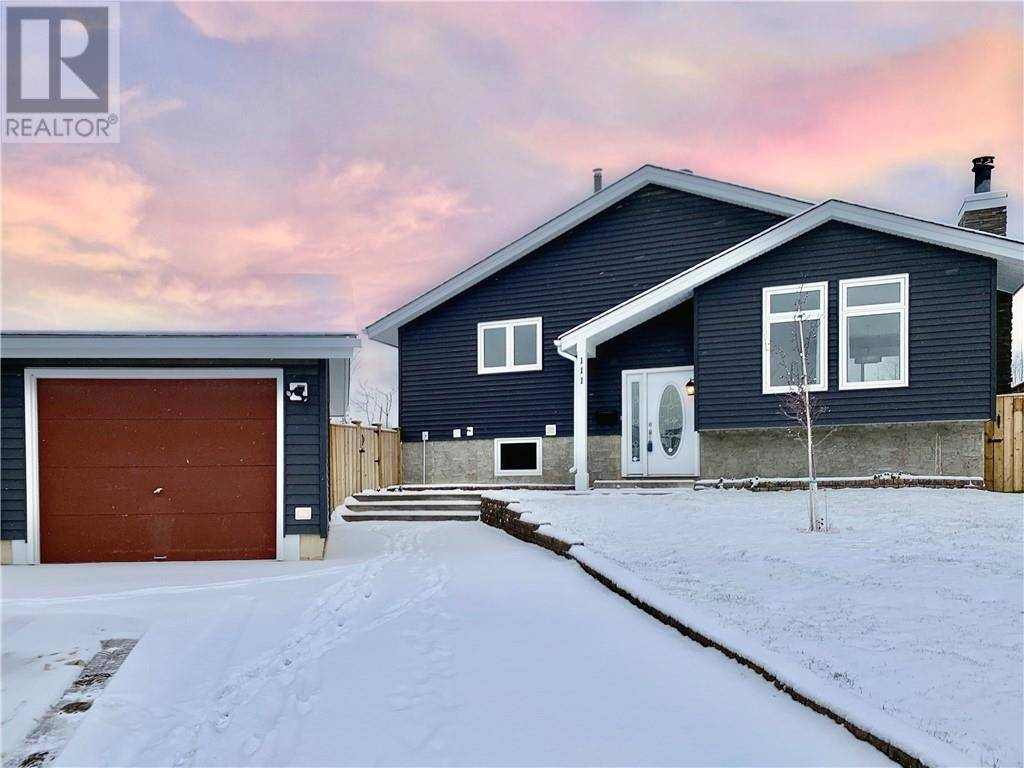House for sale at 111 Aime Ct Fort Mcmurray Alberta - MLS: fm0175759