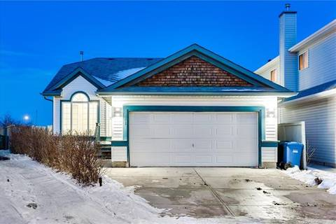House for sale at 111 Anaheim Cres Northeast Calgary Alberta - MLS: C4285502