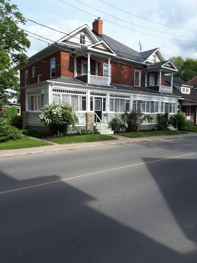 Townhouse for sale at 111 Beckwith St N Smiths Falls Ontario - MLS: 1157716