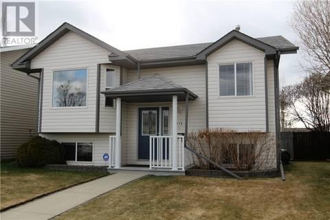 House for sale at 111 Dolan Cs Red Deer Alberta - MLS: ca0165537