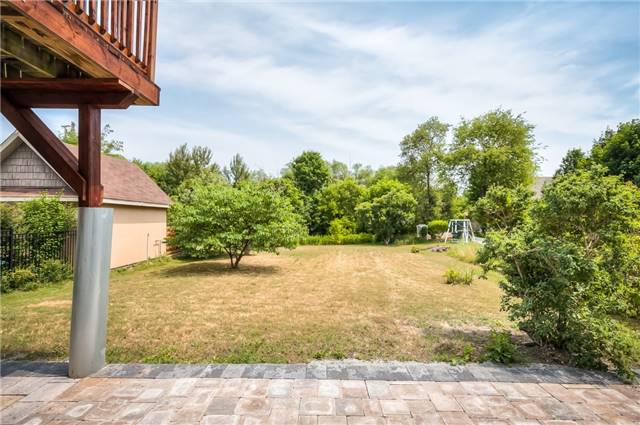 For Sale: 111 Huronia Road, Barrie, ON | 3 Bed, 3 Bath House for $769,000. See 20 photos!