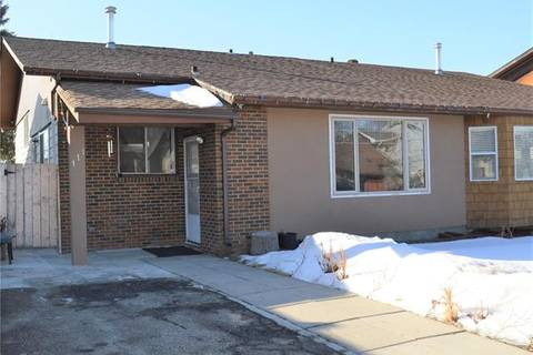 Townhouse for sale at 111 Pineson Pl Northeast Calgary Alberta - MLS: C4288571