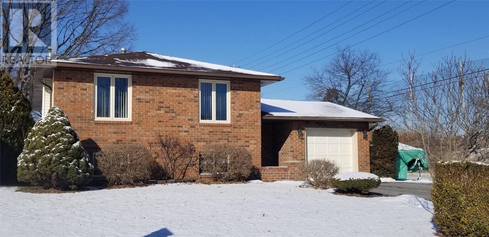 House for sale at 111 Ramblewood  Lasalle Ontario - MLS: 20002135