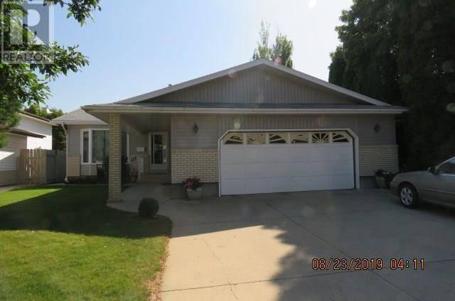 House for sale at 111 Rogers Rd Saskatoon Saskatchewan - MLS: SK784594