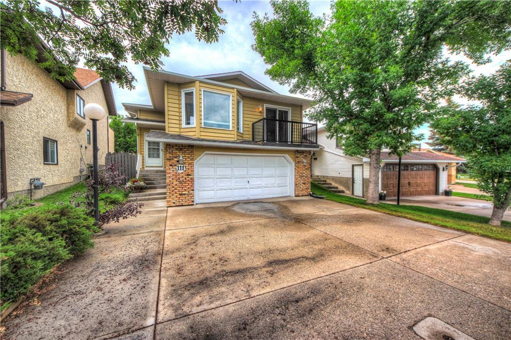 Sold: 111 Sanderling Rise Northwest, Calgary, AB