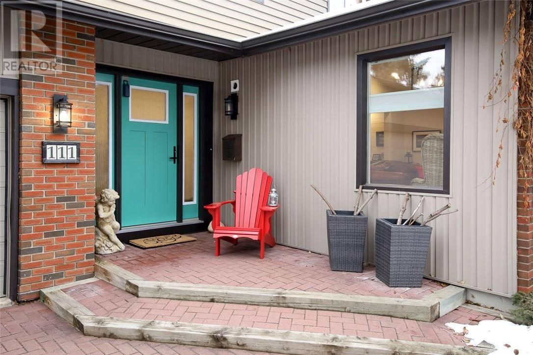 111 Selkirk Boulevard, Red Deer | Image 2