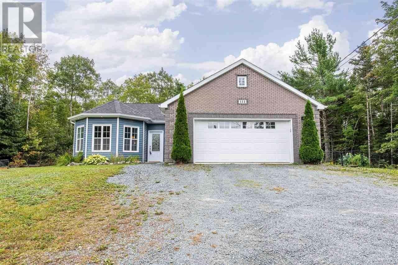 House for sale at 111 Shadewell Ln Lake Echo Nova Scotia - MLS: 202019314
