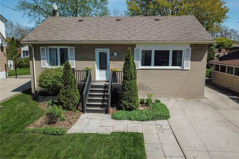 House for sale at 111 32nd St West Hamilton Ontario - MLS: H4053923