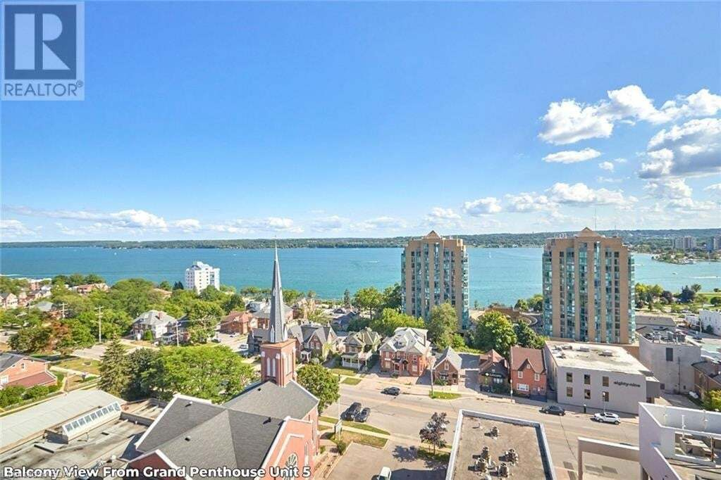 Condo for sale at 111 Worsley St Barrie Ontario - MLS: 40016620