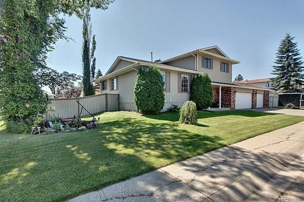 House for sale at 11105 157a Av NW Edmonton Alberta - MLS: E4208114