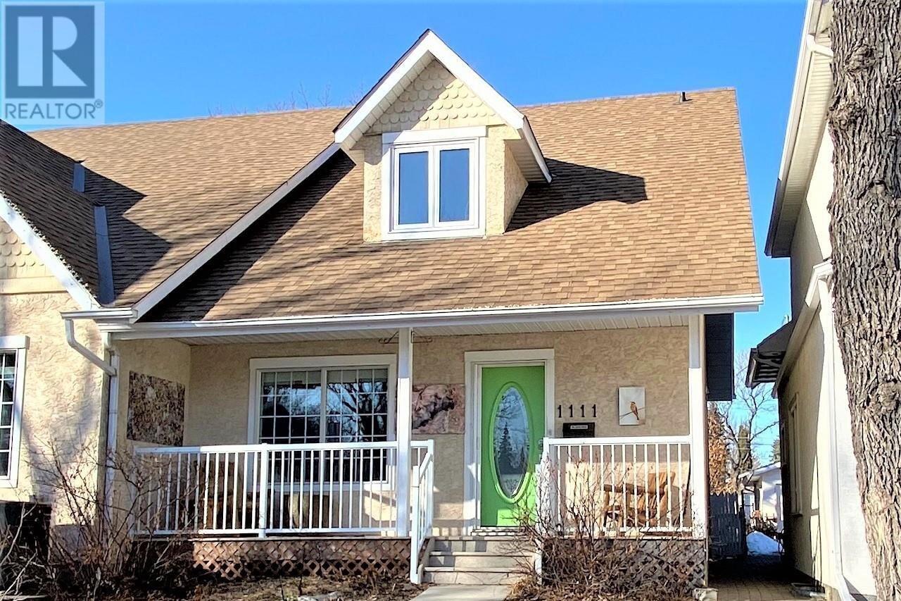 House for sale at 1111 11th St E Saskatoon Saskatchewan - MLS: SK838467