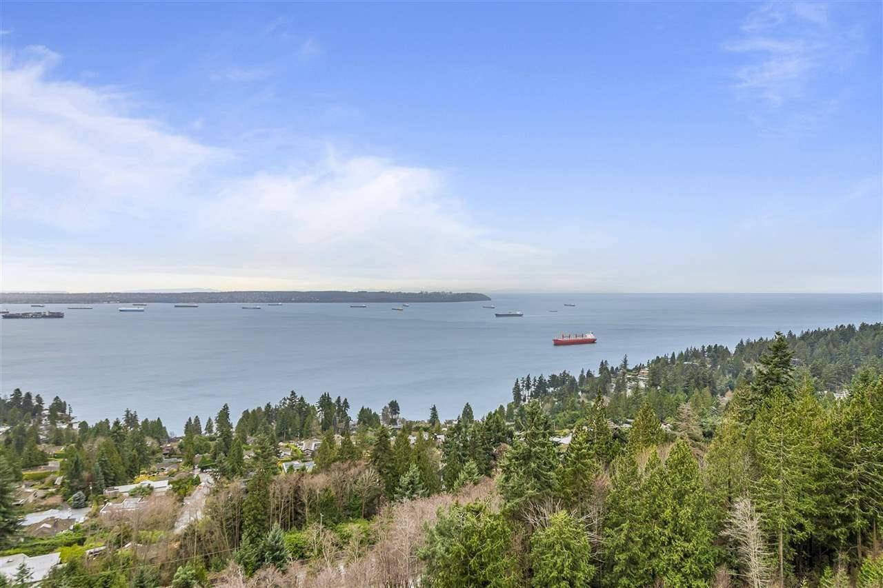 Apartment for rent at 3315 Cypres Pl Unit 1111 West Vancouver British Columbia - MLS: R2433820